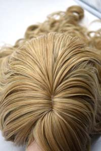 Synthetic wig pictures with hair color NW90 LENGHT 50 CM HAIRS WAVED