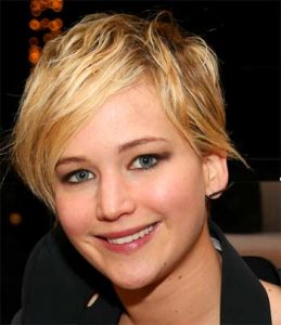 Jennifer Lawrence is wearing a wig in Hunger Games